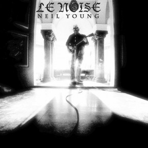 119-Neil-Young-Le-Noise